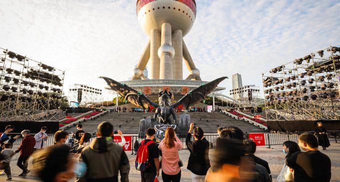 Elder Dragon слета во Шангај